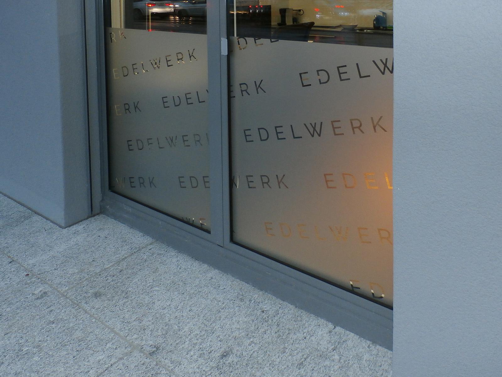 Edelwerk Schaufenster Sichtschutz Glasdekor Front Detail