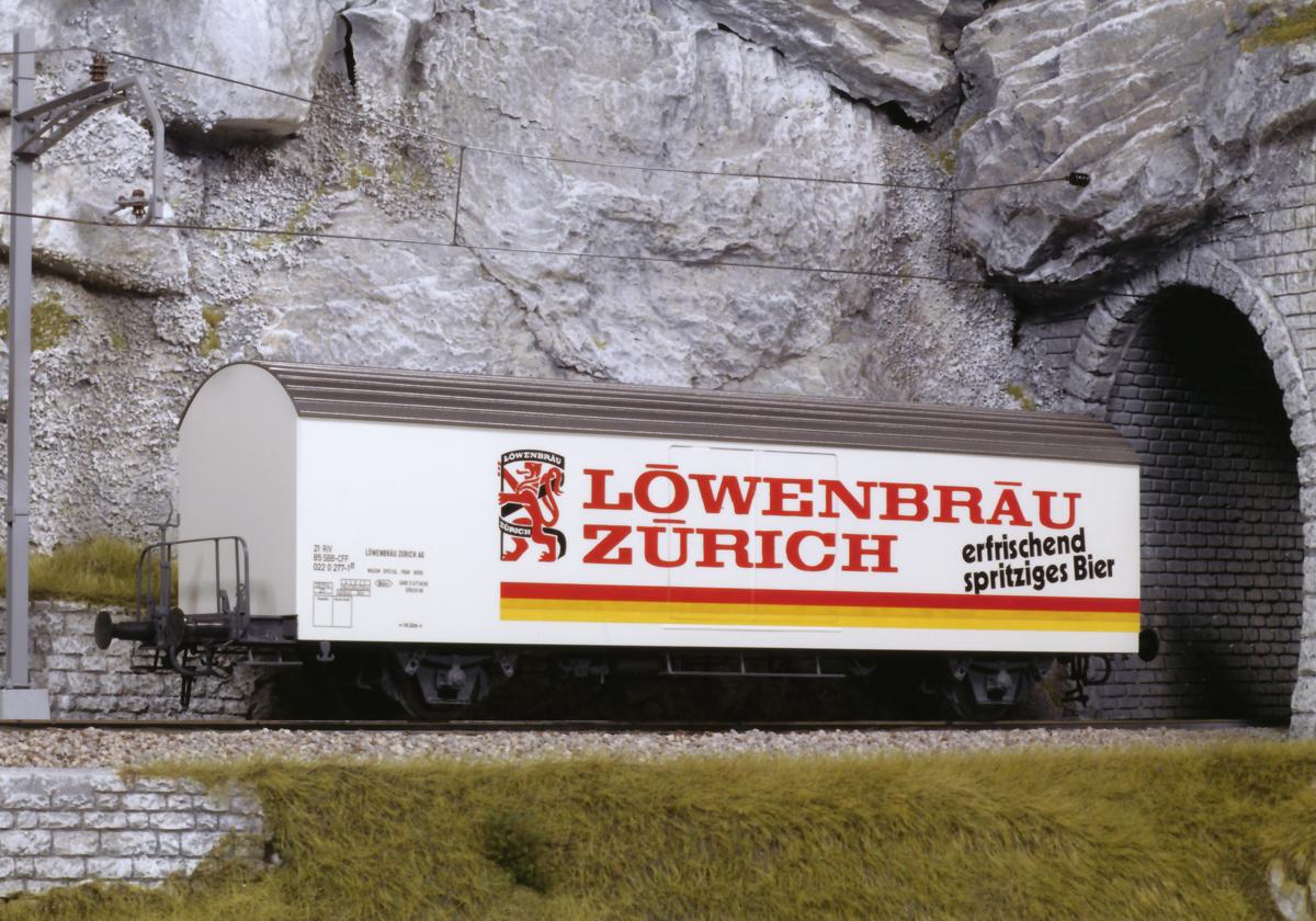 eisenbahnwagen_modellbeschriftung_loewenbraeu